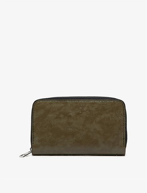Leather Look Wallet offre à 34,99 Dh