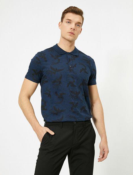 Polo Neck T-Shirt offre à 39,99 Dh