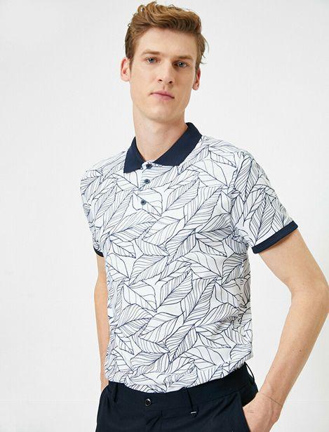 Polo Neck T-Shirt offre à 31,99 Dh